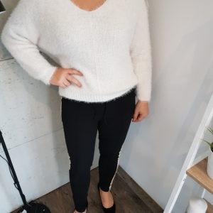 Sweter z włoskiem Creamy Fluffy Lady