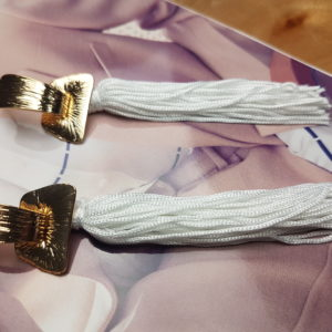 Kolczyki z chwostem Long White Tassel